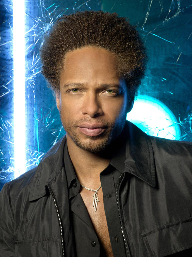 Gary Dourdan stars as Warrick Brown in the hit CBS series CSI: CRIME SCENE INVESTIGATION. This photo is provided for use in conjunction with the CBS Summer 2006 Press Tour being held in Pasadena, CA.Photo: Andrew MacPherson/CBS© 2005 CBS Broadcasting Inc. All Rights Reserved.
