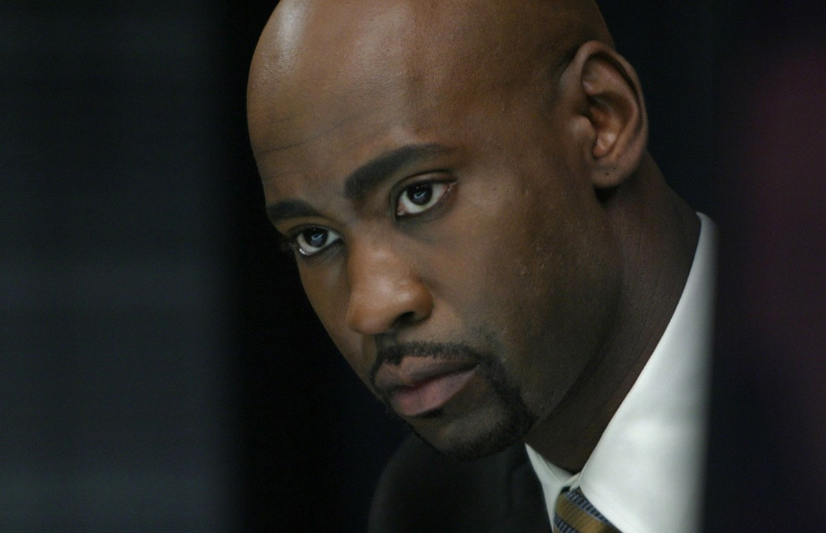 8. D.B. Woodside definately has the look and could rock the suit. I think he could pull it off if he applied himself.