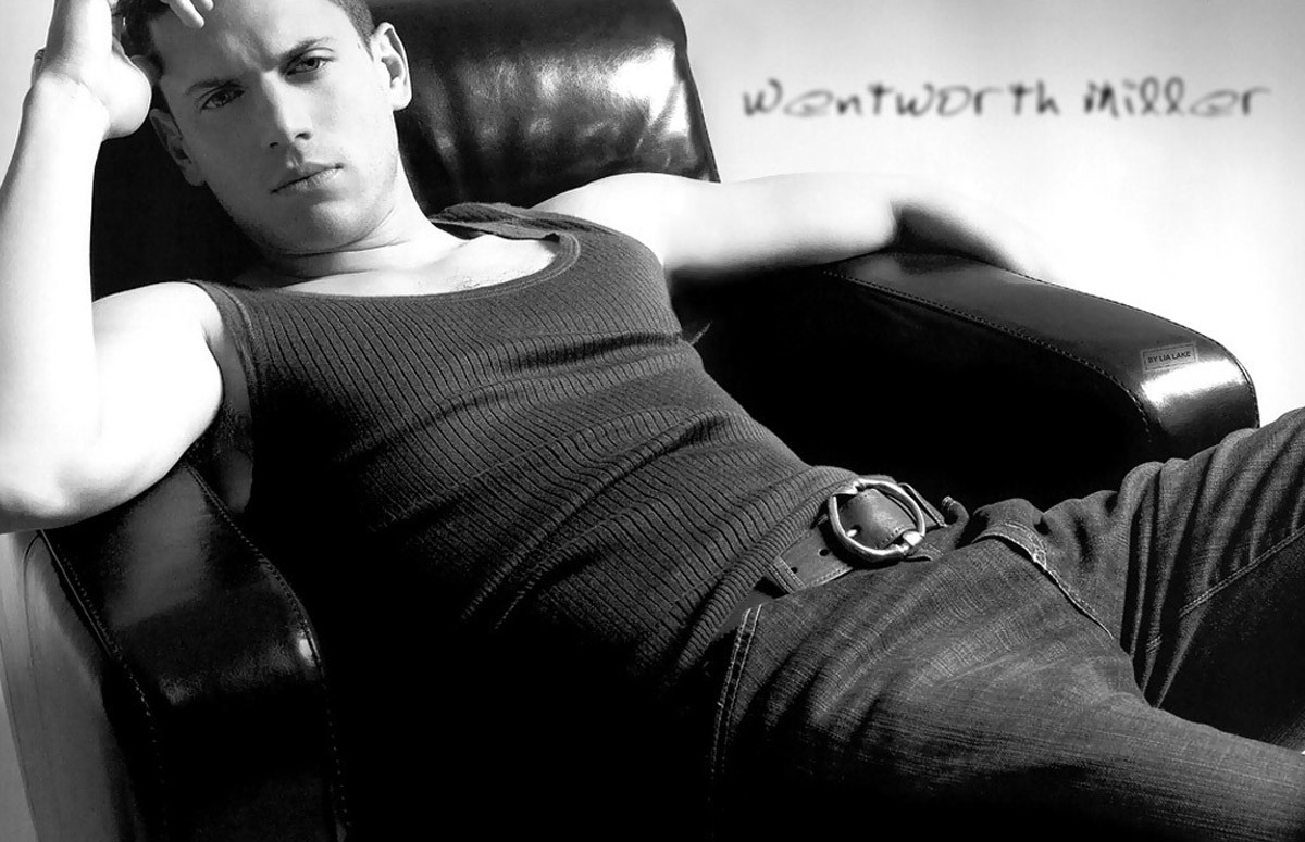 9. Wentworth Miller would be an interesting choice; a Black Bond with white appeal.