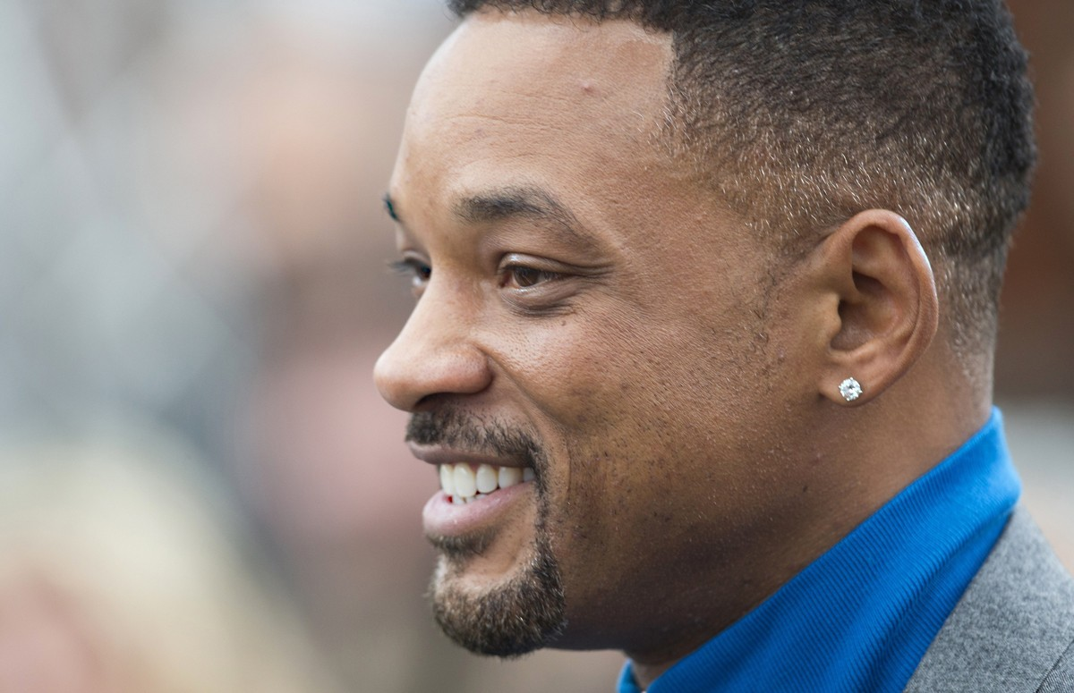 5. Will Smith on the surface might seem like a bad choice, but I doubted him as Jim West and Ali before I actually saw him perform. Like Mackie, I would like to see him audition.